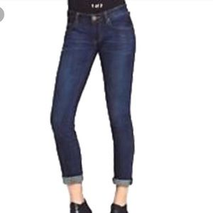 CAbi Tapered Boyfriend Jean Style #917 Size 4 NWOT